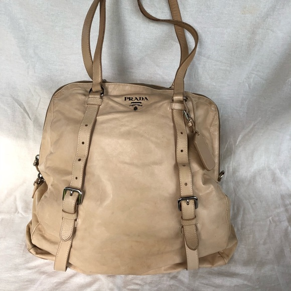 a7e631a1a29432 PRADA beige leather shoulder bag. M_5b798c5bdcfb5ace63f5c533